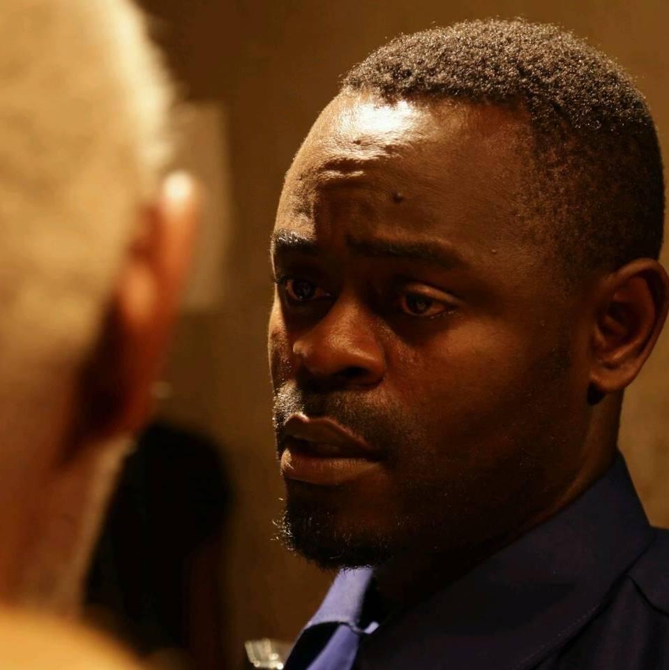 people axel abessolo l acteur du moment le film camerounais. Black Bedroom Furniture Sets. Home Design Ideas