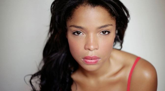 PEOPLE : l'actrice Jina Djemba, l'appel de l'Afrique