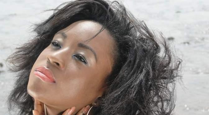 PEOPLE : Laura Onyama, 24 ans et sacrée meilleure actrice aux Écrans Noirs 2016