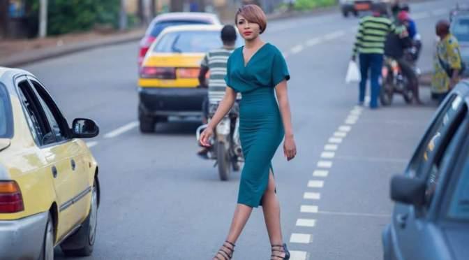PEOPLE : Nos 7 looks préférés de Syndy Emade