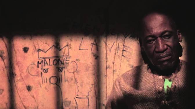 REVIEW : WALLS, immersion dans une prison collective