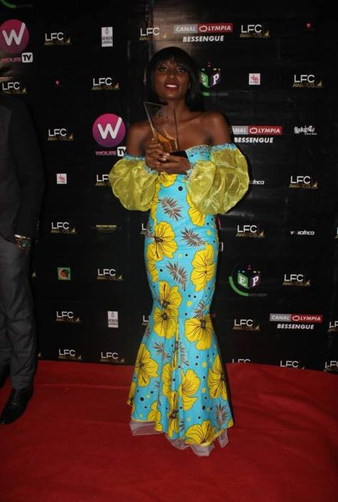 Sonita-Fabiola-trophee-lfc-awards-1-lefilmcamerounais