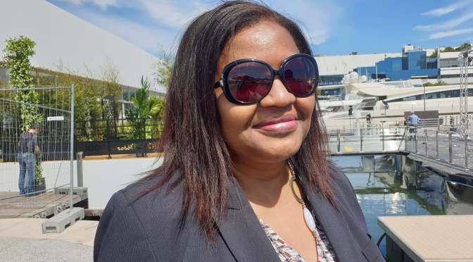 """""""Une industrie du film repose sur des professionnels  et  un environnement légal qui encourage la production"""" KARINE BARCLAIS, fondatrice de Pavillon Afriques"""